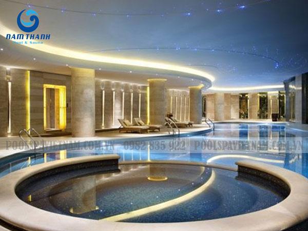 làm bể bơi trong nhà bể bơi hình dáng tự do